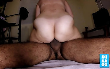Hairy second-rate wife peluda big strong ass rides cums