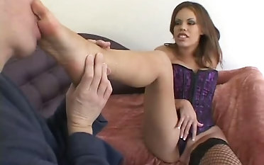 Wild Gia Paloma loves having her feet worshipped and she is a talented BJ giver