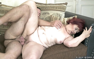 Mature BBW Marsha gets her cunt drilled by a throb stiff cock